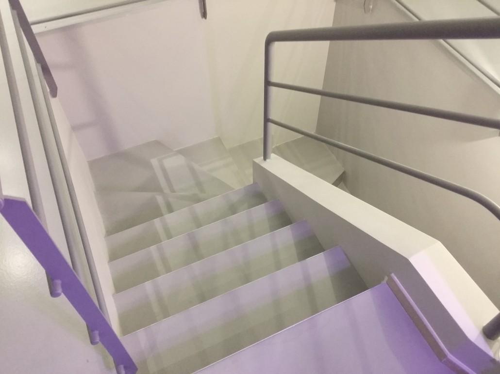 renovation escalier béton ciré